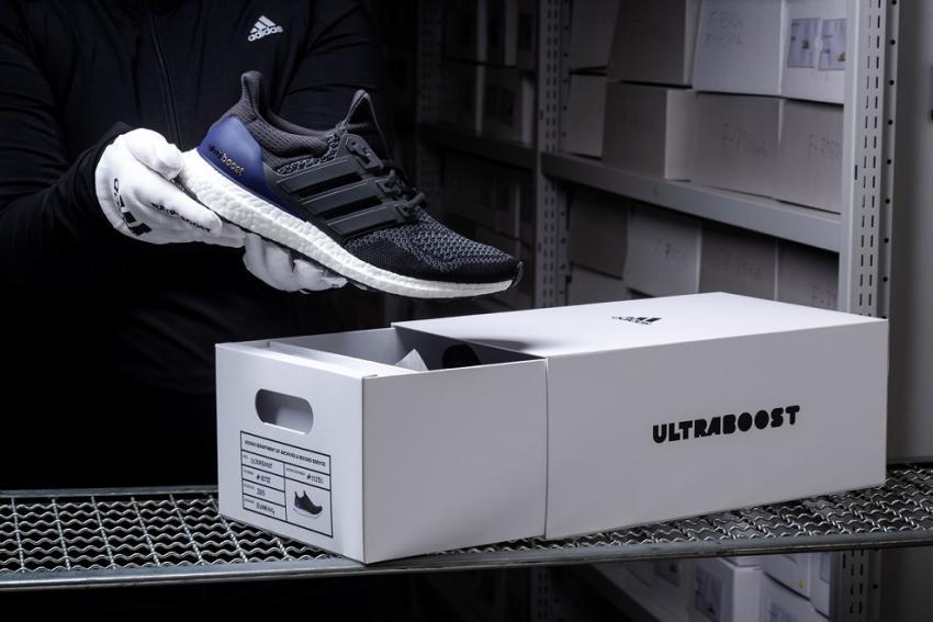 ΔΕΛΤΙΟ ΤΥΠΟΥ - Η adidas γιορτάζει το επαναστατικό UltraBOOST με μια limited επανακυκλοφορία